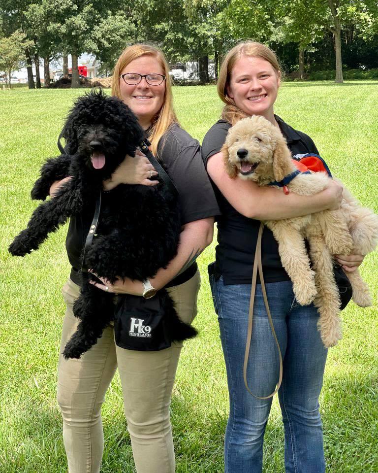 nikki chapman makayla gaddis puppy raising volunteers